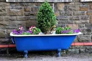 Small Flower Garden Bathtub